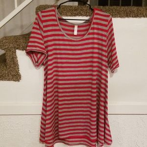 Gray/red striped top